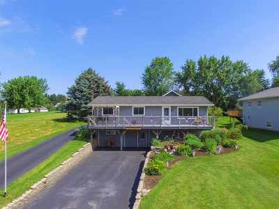 Stephenson County Single Family Home For Sale: 961 Breckenboro