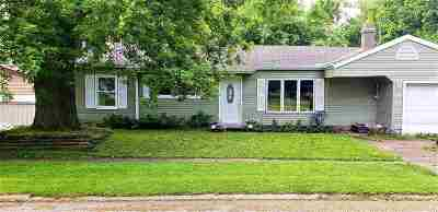 Ogle County Single Family Home For Sale: 403 W Lincoln Street