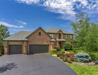 Boone County Single Family Home For Sale: 11180 Stratford Place