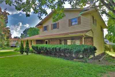 Rockford Single Family Home For Sale: 2712 Capri Court
