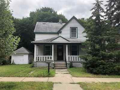 Rockford Single Family Home For Sale: 923 S 5th Street