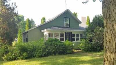 Pecatonica Single Family Home For Sale: 327 W 4th Street