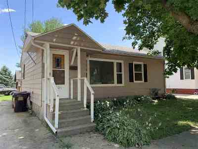 Ogle County Single Family Home For Sale: 301 S 7th Street
