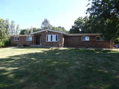 Ogle County Single Family Home For Sale: 8601 Yosemite Drive