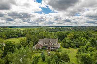 Ogle County Single Family Home For Sale: 1475 W Mud Creek Road