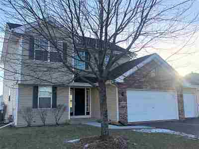 Belvidere Single Family Home For Sale: 4104 Fallen Oak Drive