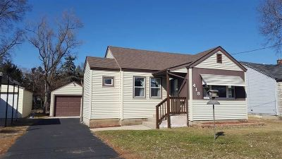 Loves Park Single Family Home For Sale: 418 Pennsylvania Avenue