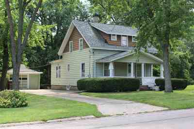 South Beloit Single Family Home For Sale: 539 S Bluff Street