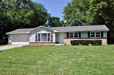 Rockford Single Family Home For Sale: 4423 Scarlet Oak