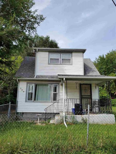 Rockford Single Family Home For Sale: 509 Newport Ave