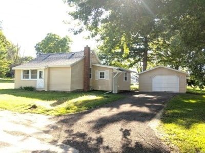 Pecatonica Single Family Home For Sale: 327 Taylor