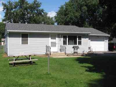 Machesney Park Single Family Home For Sale: 132 E Wilson Avenue