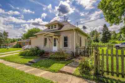 Pecatonica Single Family Home For Sale: 303 E 3rd Street