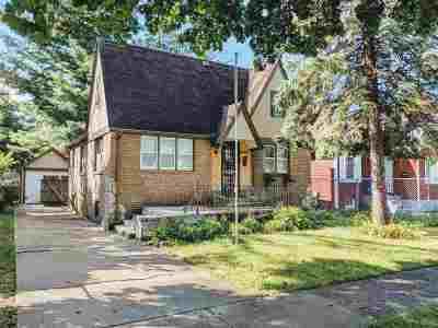 Rockford Single Family Home For Sale: 2308 W Jefferson Street
