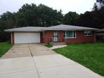 Rockford Single Family Home For Sale: 1604 Gregwood Court