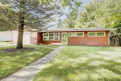Rockford Single Family Home For Sale: 2220 Spring Brook Avenue