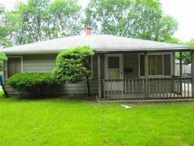 Single Family Home For Sale: 7728 Beech Ave