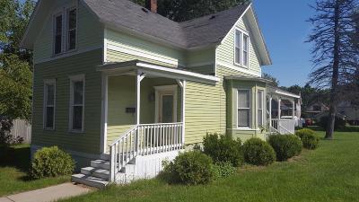 Michigan City Single Family Home For Sale: 224 Lincoln Avenue