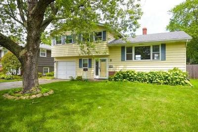 Munster Single Family Home For Sale: 1235 Fisher Street