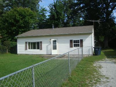 Michigan City Single Family Home For Sale: 930 Fern Street