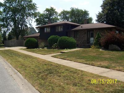 Munster Single Family Home For Sale: 8401 Harrison Avenue