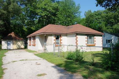 Michigan City Single Family Home For Sale: 707 Davidson Avenue