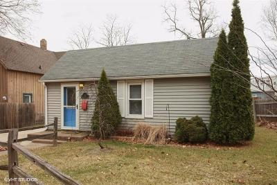 Michigan City Single Family Home For Sale: 217 Center Street