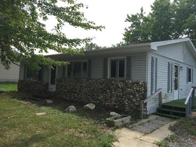 Michigan City Single Family Home For Sale: 4812 Meadow Boulevard