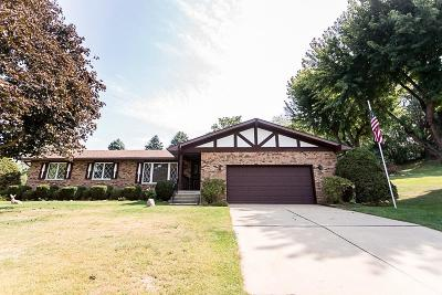 Michigan City Single Family Home For Sale: 1965 North Country Lane