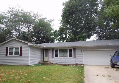 La Porte, Laporte Single Family Home For Sale: 212 Linden Drive