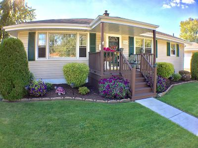 Highland Single Family Home For Sale: 9224 Cottage Grove Avenue
