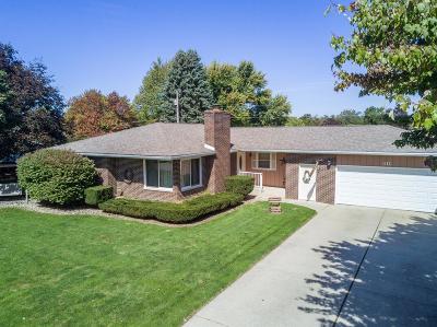 La Porte, Laporte Single Family Home For Sale: 311 Bordeaux Drive