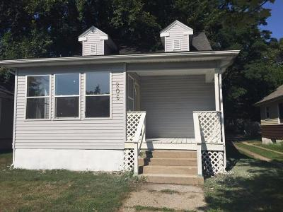 Michigan City Single Family Home For Sale: 206 North Calumet Avenue