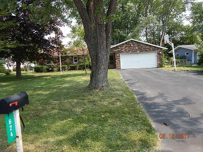 Michigan City Single Family Home For Sale: 624 Black Oak Drive