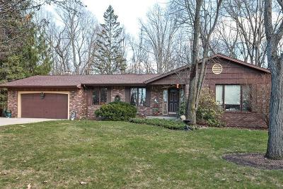 Michigan City Single Family Home For Sale: 4133 Sunset Lane