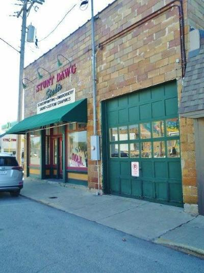 Commercial For Sale: 110 N Front Street