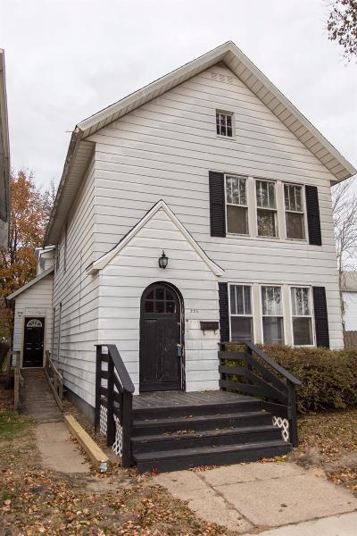 Michigan City Single Family Home For Sale: 220 East 8th Street
