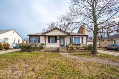 Munster Single Family Home For Sale: 8339 Walnut Drive
