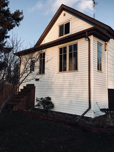 Michigan City Single Family Home For Sale: 2124 Buffalo Street