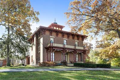 New Carlisle Single Family Home For Sale: 304 E Michigan Street