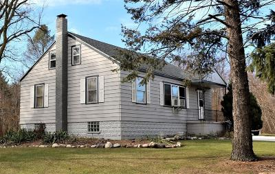 Michigan City Single Family Home For Sale: 579 Old Chicago Road