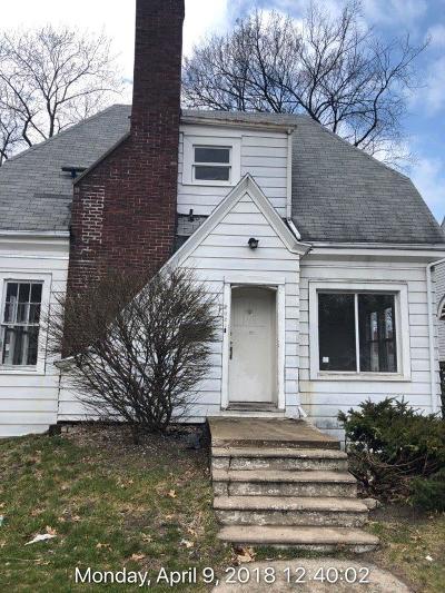 Michigan City Single Family Home For Sale: 202 Pleasant Avenue