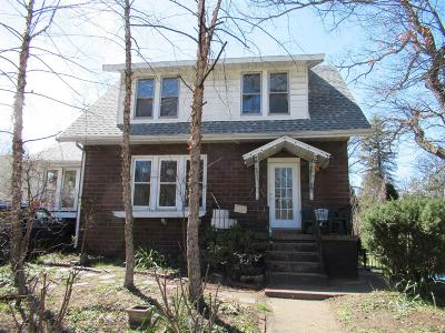 Michigan City Single Family Home For Sale: 805 Liberty Trail