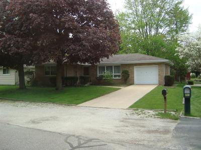 Michigan City Single Family Home For Sale: 429 Holly Road