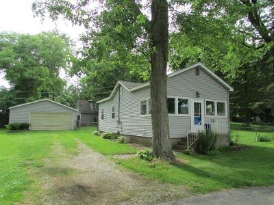 New Carlisle Single Family Home For Sale: 7516 N Oriole Lane
