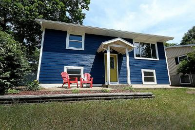 Michigan City Single Family Home For Sale: 226 Carter Road