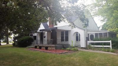 Rensselaer Single Family Home For Sale: 608 S Fleming Boulevard