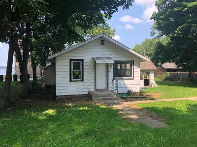New Carlisle Single Family Home For Sale: 7218 N Chicago Road
