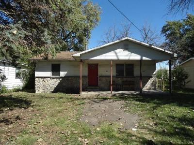 Single Family Home For Sale: 1007 N Rachel Street