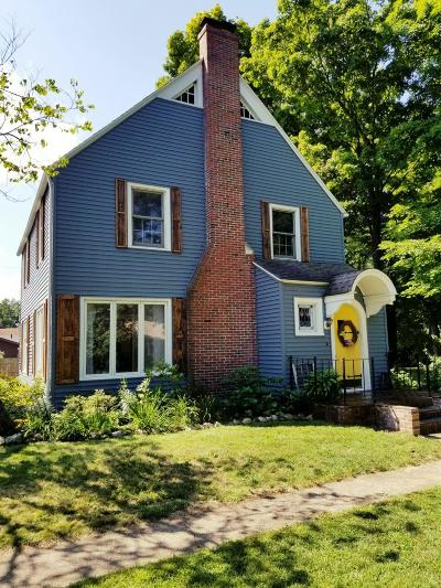 Michigan City Single Family Home For Sale: 117 Orchard Street